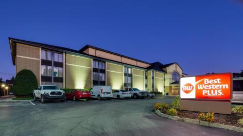 Best Western Plus Knoxville Cedar Bluff - Hotel - Knoxville