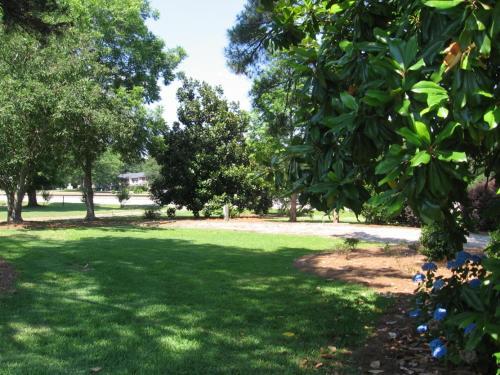 Callaway Resort & Gardens - Oak Grove - book your hotel with ViaMichelin