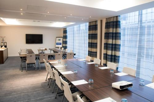 Holiday Inn Express London - ExCel, an IHG Hotel - Photo 8 of 28