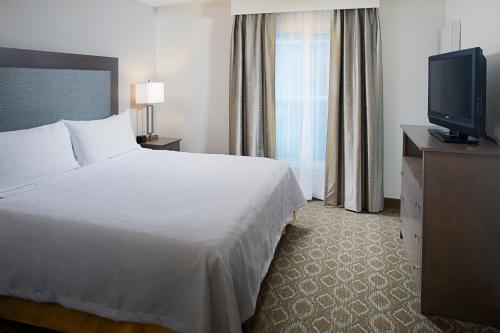 Homewood Suites by Hilton Colorado Springs-North - Colorado Springs, CO CO 80920