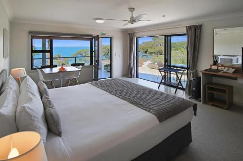 Accommodation in Whangaparaoa
