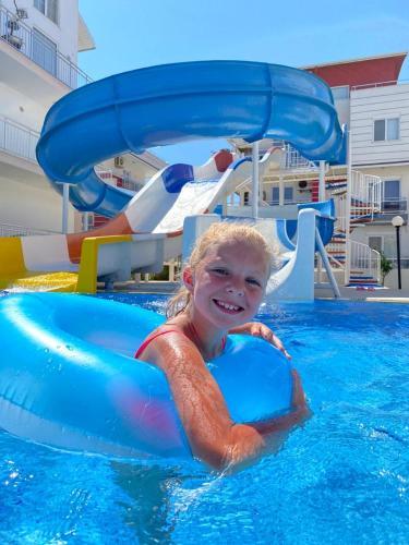. Antalya belek nirvana club 2 - first floor 3 bedrooms water slide close to center - belek beach park