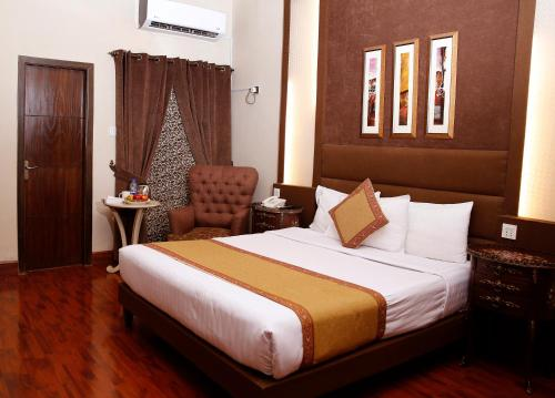 . Ambassador Suites & Hotel