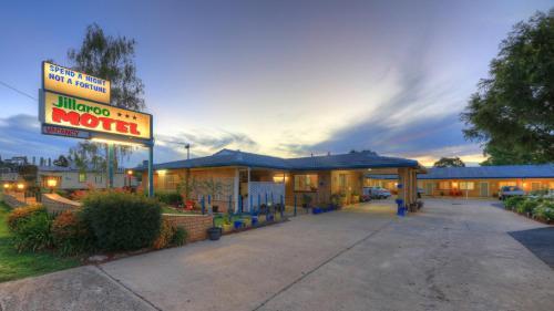 . Jillaroo Motor Inn