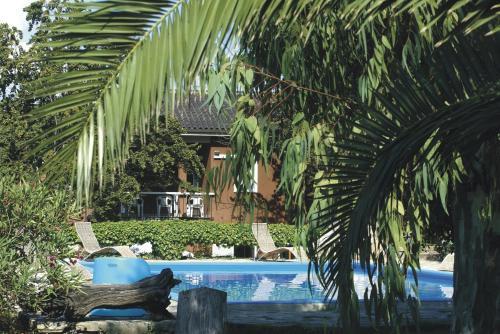 Navarro Hill Resort