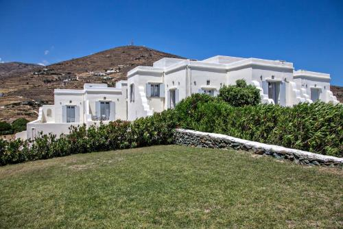 Iris house Agios Sostis