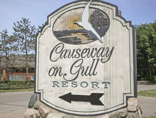 Beautiful Vacation Apartments on Serene Gull Lake - Nisswa