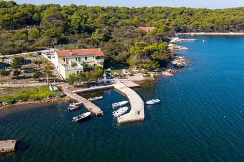 . Apartments by the sea Veli Rat, Dugi otok - 438
