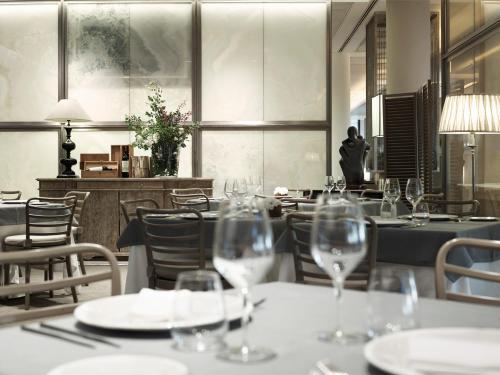 . Grand Hotel De La Ville