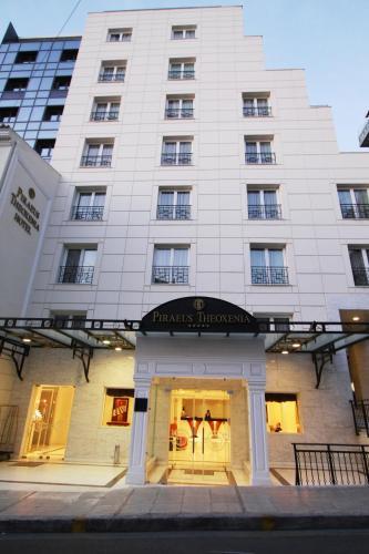Piraeus Theoxenia Hotel, 18531 Piräus