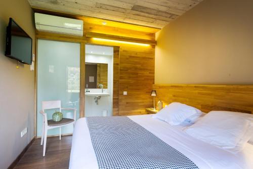 Double Room with Garden Les Planes del Grau 2