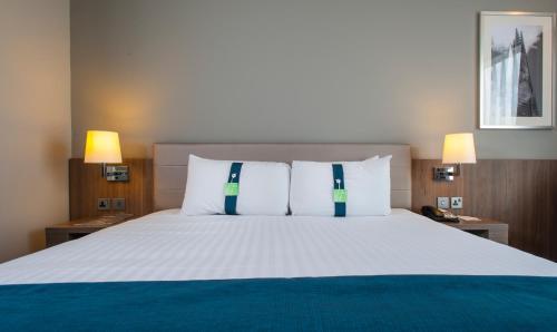 Holiday Inn London West, an IHG Hotel - image 4