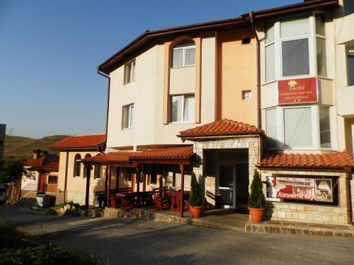 Accommodation in Borino
