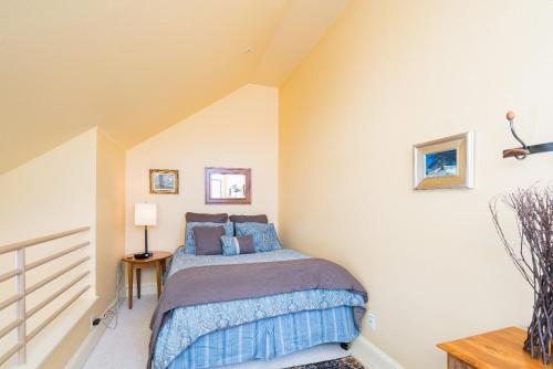 Blue Mesa Lodge Hotel Rooms by Alpine Lodging Telluride