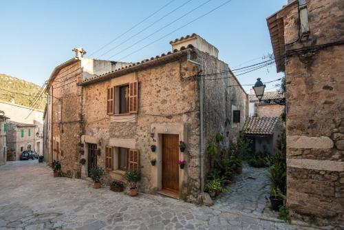 . Macarena's House