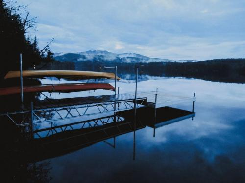 Serene & Cozy 5min to Resort 3 Queen Beds, Beach ThePioneer - Chalet - Mont Tremblant