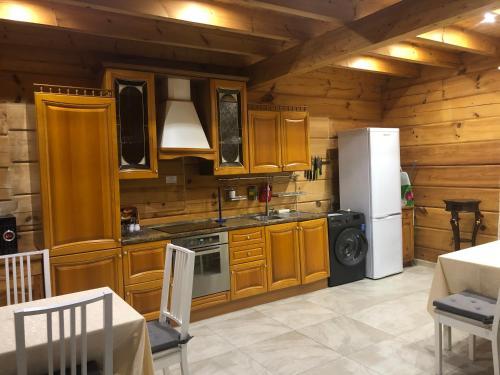Alpine Village Sochi - Hotel - Krasnaya Polyana