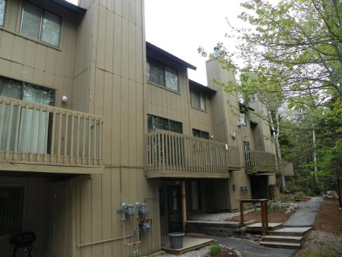 Affordable Condo in Waterville Valley Family Friendly Resort! - Apartment - Waterville Valley