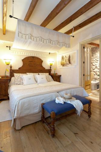 Superior Double or Twin Room Son Sant Jordi - Turismo de Interior 10