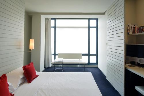 Double Room with View Hotel Miró 8