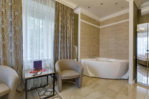 Отель в Химках - image 13