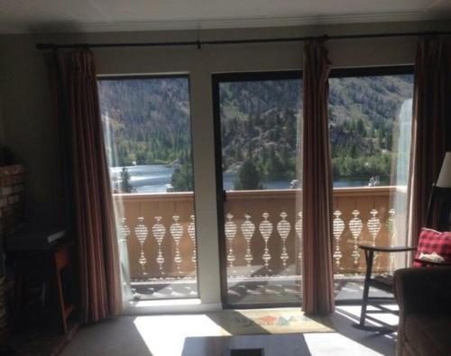 RR-Interlaken 05 - Apartment - June Lake