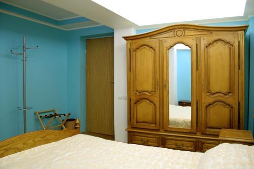Double Room - Lower Ground Floor