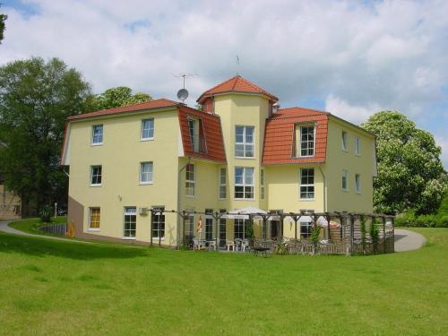 . Landhotel Am Peetscher See