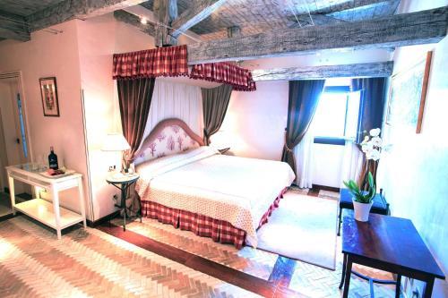 Suite Junior Executive Hotel Pago De Cirsus 5
