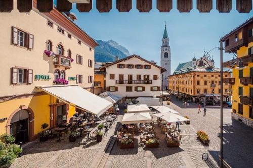 . Royal Hotel Cortina