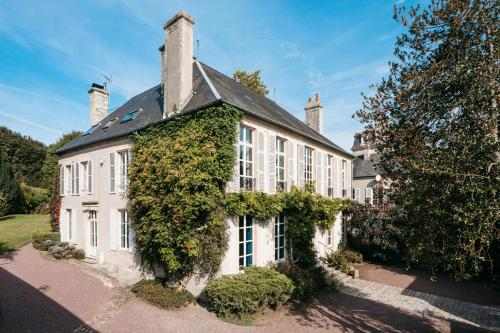 Bayeux Chateau Sleeps 18 - Location saisonnière - Bayeux