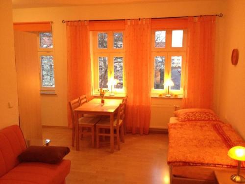 . Moderne-Ferienwohnung-in-ruhiger-zentraler-Lage-am-Park