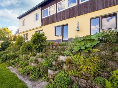 . Cozy Apartment in Gossweinstein Bavaria near River