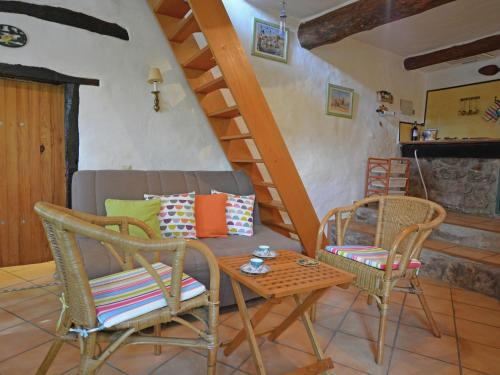 Beautiful Villa in Fenouillet France with Terrace - Accommodation - Fenouillet
