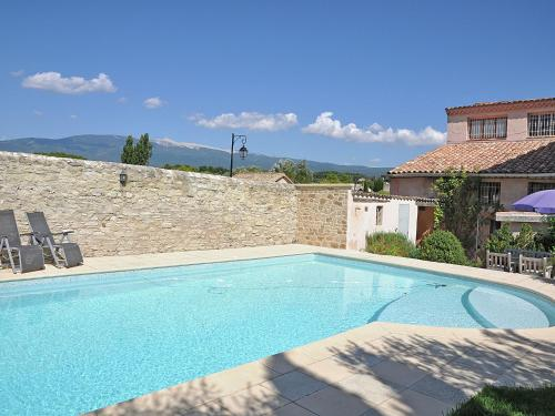 . Luxurious Villa in Mormoiron with Private Pool