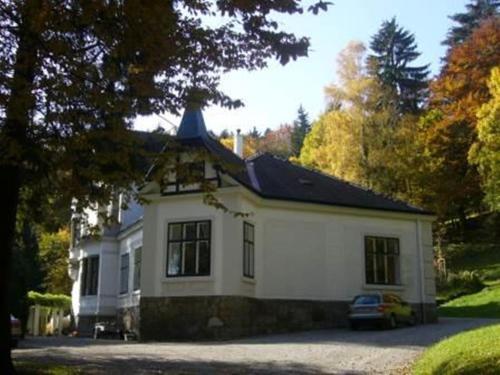 . Villa Eisenwerk