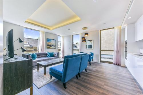 Luxurious Apartments RUSSELL GARDENS - SK