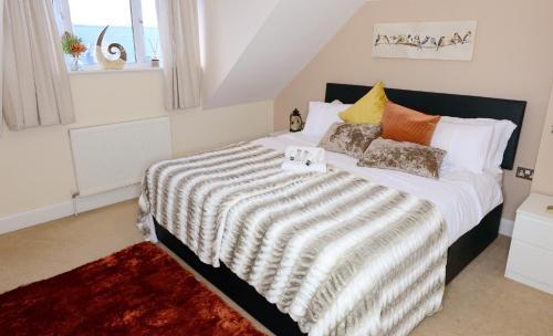 XX Stunning Home, Newly Refurbished XX