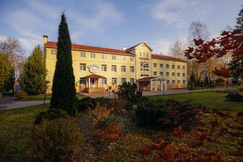 . Tver Park Hotel