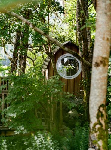 RiverBeds - Luxury Wee Lodges with Hot Tubs - Hotel - Glencoe