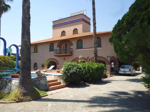 Hotel Posada Los Arcos