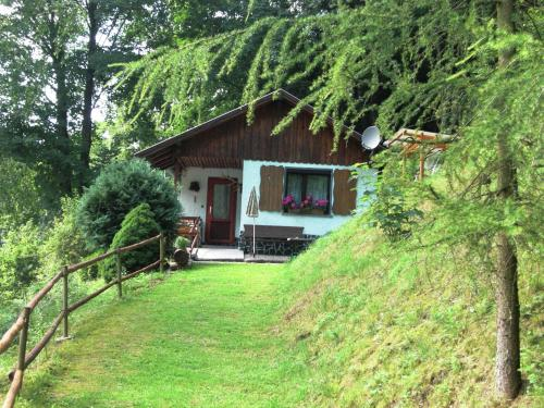 . Secluded holiday home in Lichtenau Thuringia with private garden