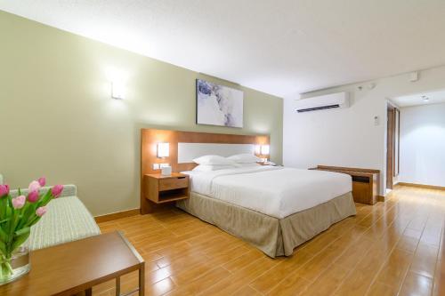 Dhafra Beach Hotel - Photo 2 of 62