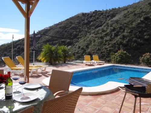 Luxurious Villa in Arenas with Pool - Hotel - Arenas