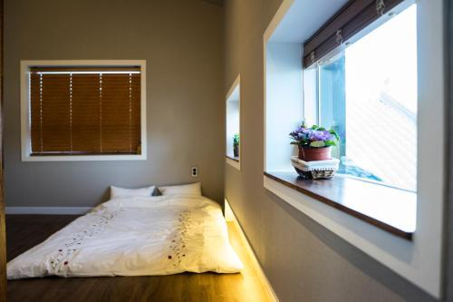 . Haengok Guesthouse