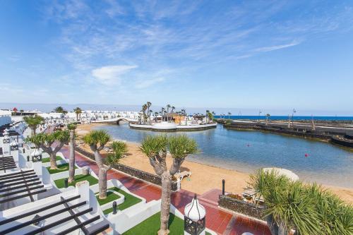 Hd Beach Resort 74
