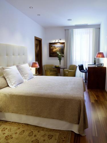 Doppel- oder Zweibettzimmer Mirador de Dalt Vila-Relais & Chateaux 1