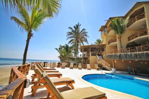 . Mancora Beach Hotel