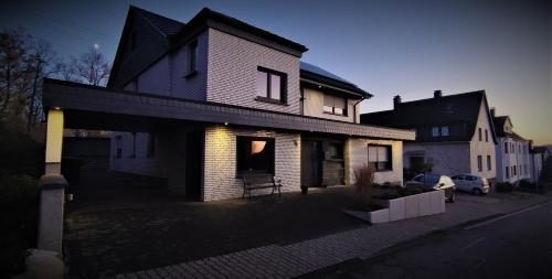 Ferienwohnung am Wiedenberg - Apartment - Arnsberg