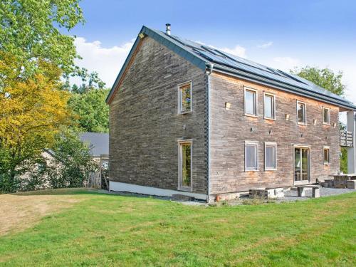. Cozy Villa in Freyneux with Garden